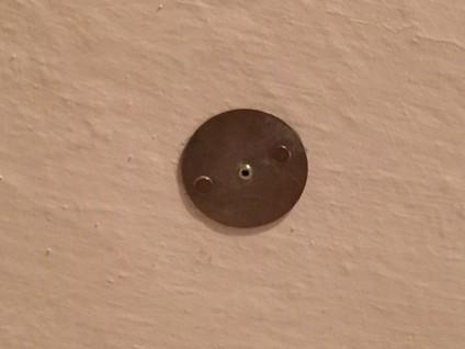 so nicht magnethalterung besch digt decke schraubklebding magnethalterung f r rauchmelder. Black Bedroom Furniture Sets. Home Design Ideas